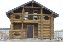 Фасад дикого сруба