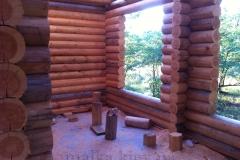 Панорамное окно в деревянном доме