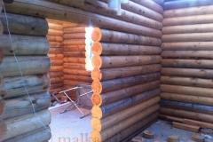Проход в деревянном доме