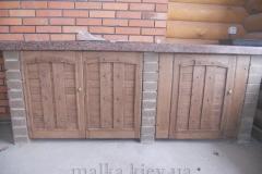 Деревянный дверцы на кухне